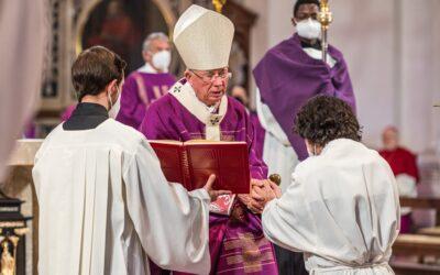 Diakonenweihe von Ruben Weyringer im Dom zu Salzburg